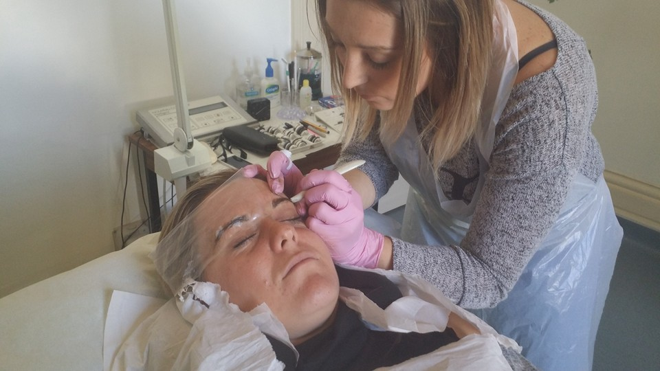 Lash-Is Brow Broidery Course